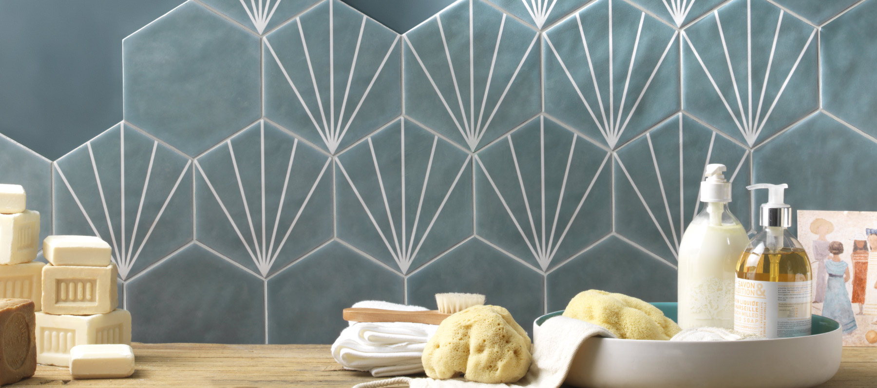 Ceramiche esagonali: la nuova tendenza nei toni pastello