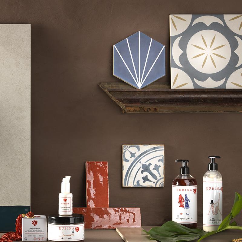 Collezioni Maltha Design - Stonehenge, Brick Lane, Maui, Zellije, Morocco, Ninfea, Trinidad