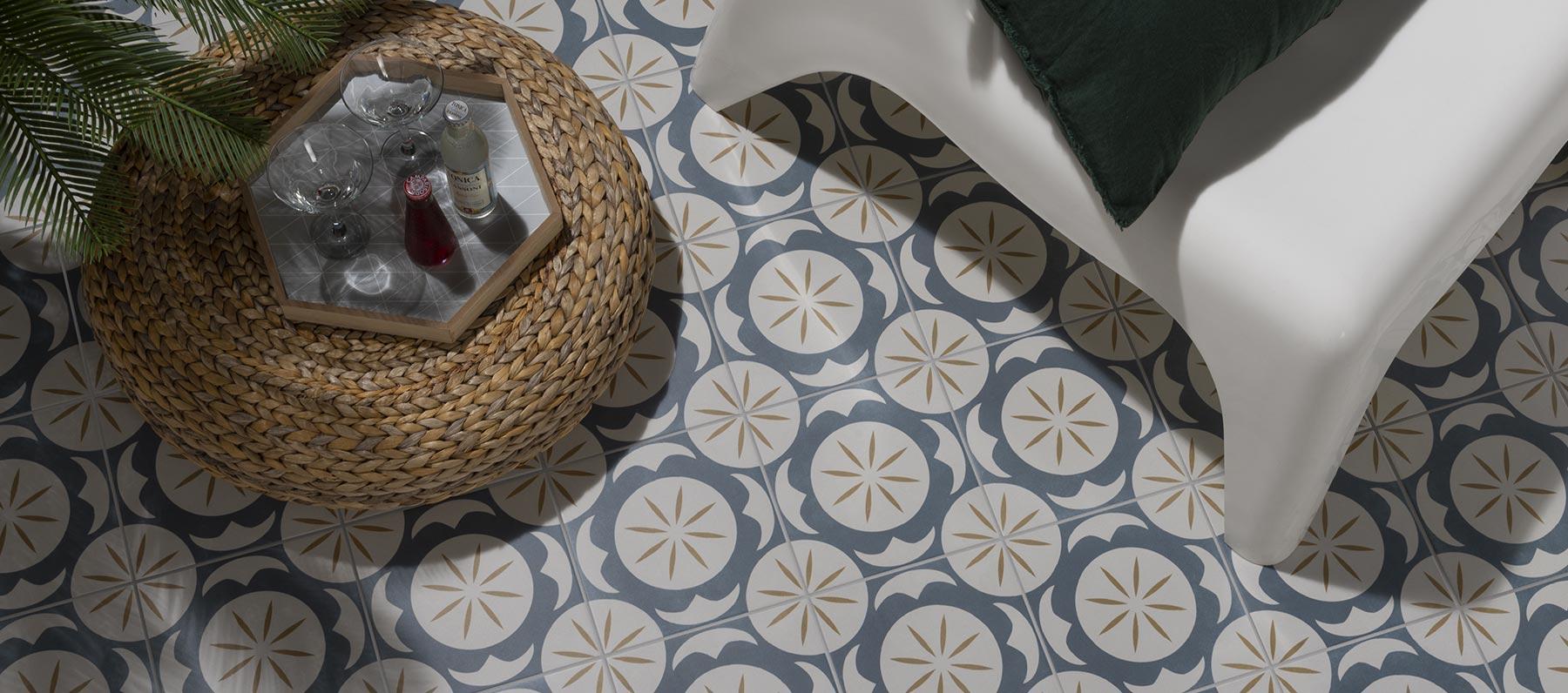 La collezione Trinindad e le sue cementine in grès porcellanato ispirate alla tradizionale pavimentazione coloniale delle isole caraibiche