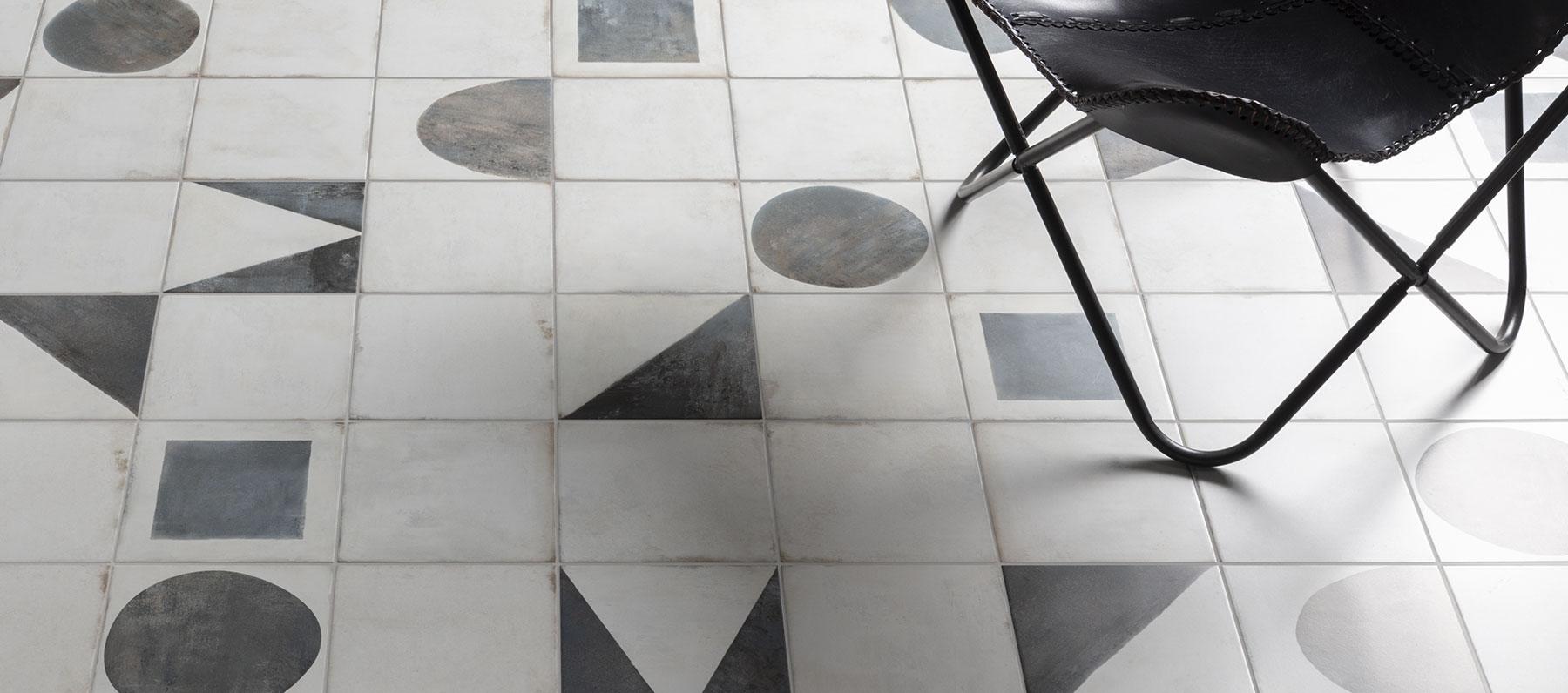 Piastrelle per uffici moderni tra flessibilità e formule progettuali aperte